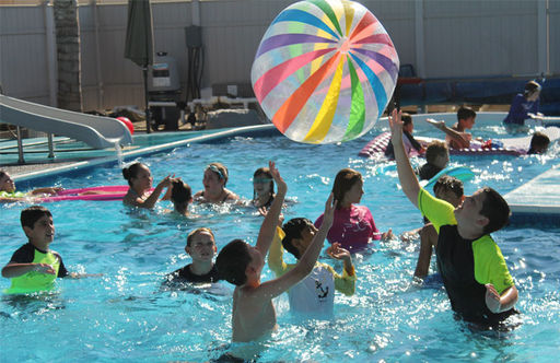 Middle School Students Have Fun In the Sun at the Welcome Back Social