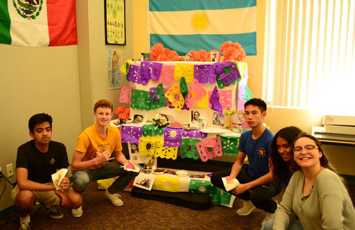 High School Spanish Students Participate in Latin American Tradition