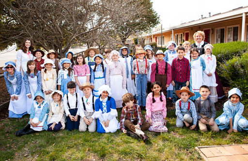 Second Grade Students Experience a Day as Pioneer Children