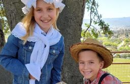 Second Grade Students Experience Pioneer Life while Oakwood is Away from Oakwood